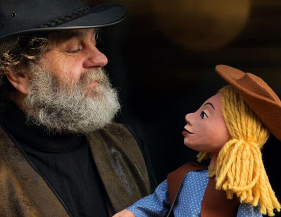"Puppenspiel ""Kim im wilden Westen"". Foto: Figurentheater Winter"