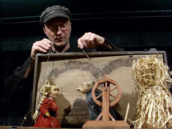 """Puppenspiel """"Rumpelstilzchen"""". Foto: Figurentheater Ernst Heiter, Alt Schönau"""