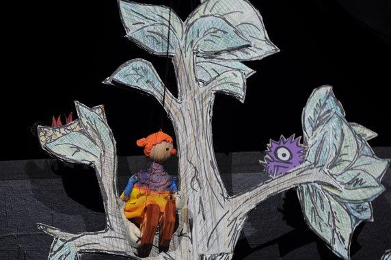 """Puppenspiel """"Komm mit kleine Angst"""". Foto: puppen.etc theater mit figuren, Berlin"""