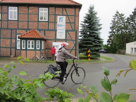 Die 22. FahrradTour-Biosphäre startet am Informationszentrum Grenzhus in Schlagsdorf. Foto: Frank Hermann